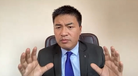사사 국민통합정부 국제협력장관 〈사진=인터뷰 캡쳐〉