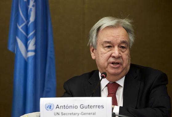 지난달 29일 안토니오 구테레스 유엔 사무총장이 스위스 제네바에서 열린 키프로스 관련 회의 뒤 기자회견을 갖고 있다. 〈사진=로이터 연합뉴스〉