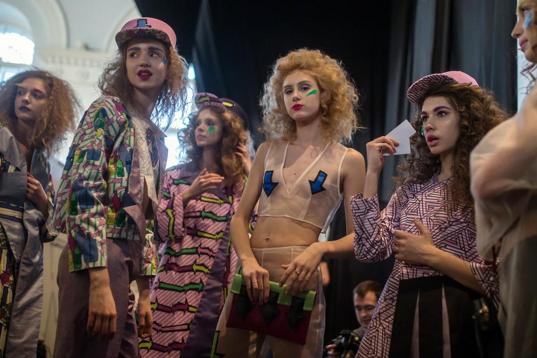 러시아 패션쇼 이모저모 살펴보기[AP=뉴시스]