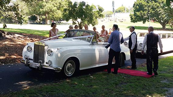 [독자 이벤트] 호주 여행 추억 선물해 준 어린 신부와 중년의 신랑 外