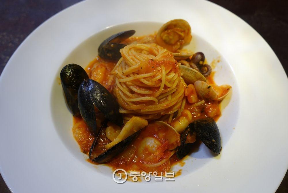 해산물 토마토 스파게티