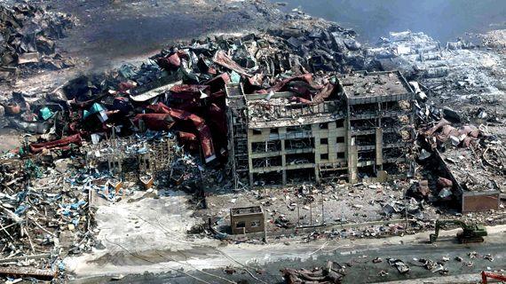 폭발사고로 폐허가 된 중국 톈진항 물류창고 [중앙포토]