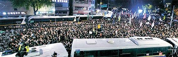 100만 촛불 민심 시민은 성숙했다 - 내자동