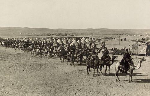 1차 세계대전 때 오스만 제국의 낙타 기병대.  [사진 위키피디어]