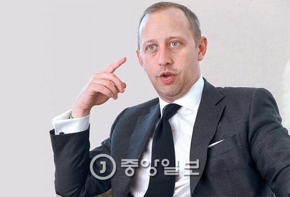 """CCGA의 칼 프리도프 연구원은 """"미 국민이 한·미동맹의 중요성을 인식하도록 한국이 대미 공공외교를 강화해야 한다""""고 말했다. [사진 최정동 기자]"""
