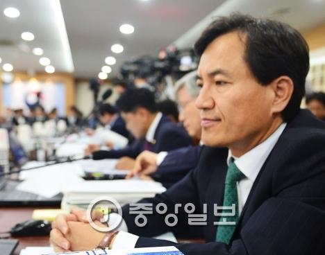 김진태 새누리당 국회의원. [중앙포토]