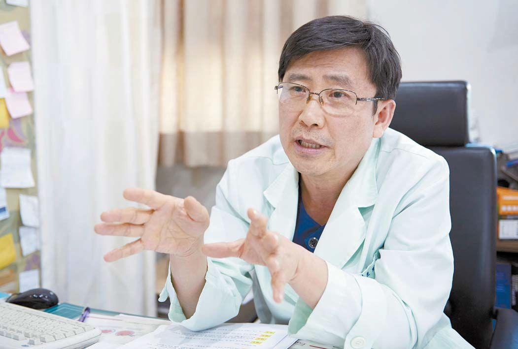 조재동 원장 전 삼성창원병원 산부인과 과장 전 한양대 의대·부산대 의대 외래교수