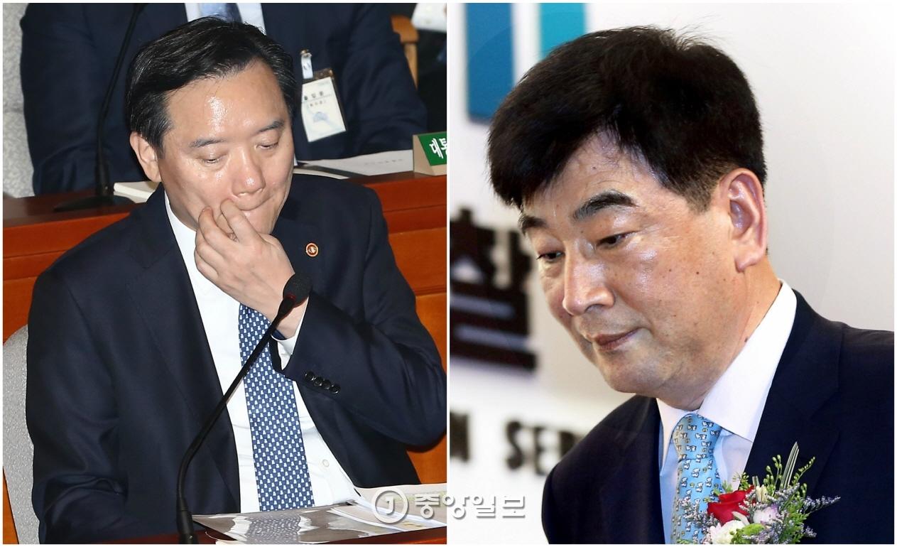 사의를 표명한 김현웅 법무장관(왼쪽)과 최재경 민정수석.  [중앙포토]