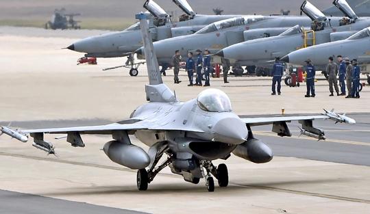 F-16. [사진 공군]