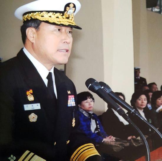 손정목 이사장은 천안함 피격사건 당시 해군 전력기획참모부장(소장)이었다. 사고 이튿날부터 평택 2함대에서 현장 지원을 총괄했다. [사진 중앙포토]