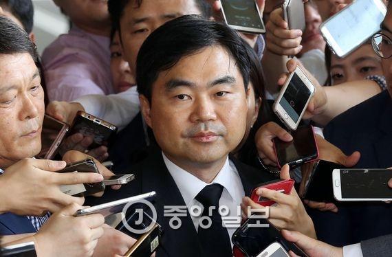 진경준(49·법무연수원 연구위원) 전 검사장. 김상선 기자