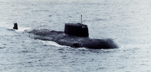 러시아의 오스카 2급 유도미사일 핵추진 잠수함.  [사진 위키피디어]