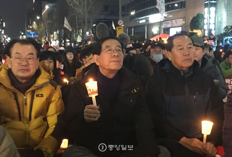 광주 촛불집회에 참석한 박원순 시장. 오종찬 기자