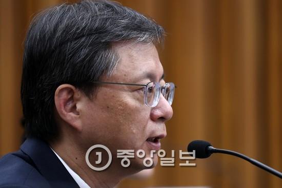청문회에 출석한 우병우 전 민정수석 김현동 기자