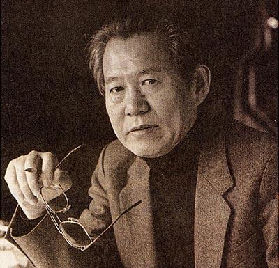 한국 정신과 서양 음악 기법을 결합시키며 세계적 주목을 받았던 윤이상은 한국에서는 시대와 정권이 바뀔 때마다 평가가 뒤집히고 있다. [뉴시스]