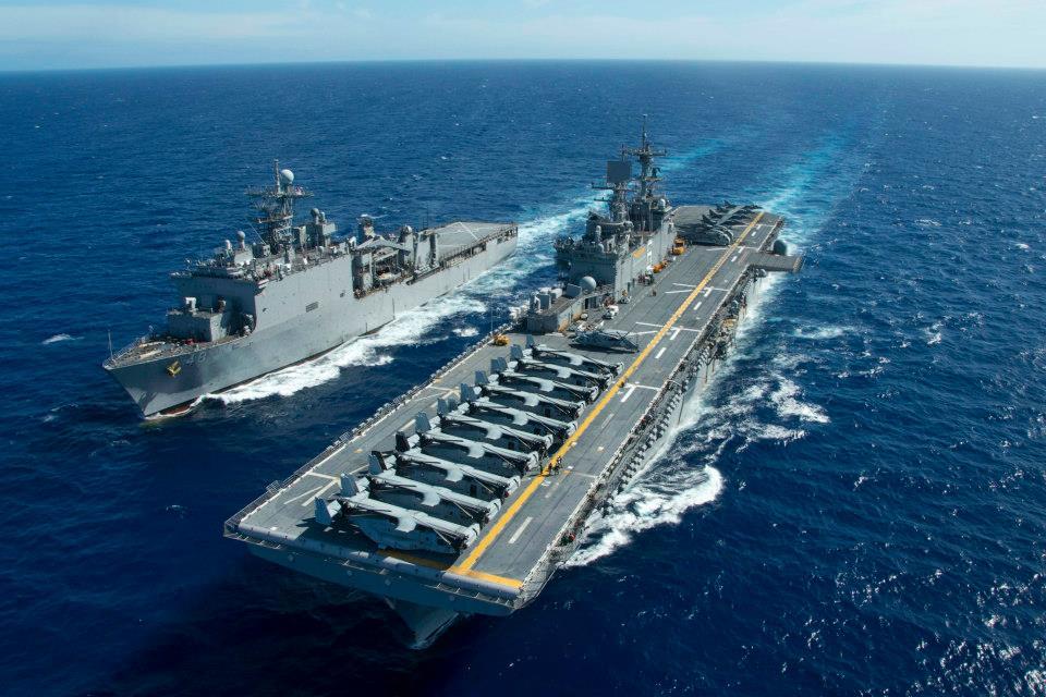 [사진 미 해군 홈페이지] 미 해군 7함대 소속 강습상륙함 본험 리처드함