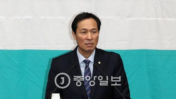 더불어민주당 우상호 원내대표. 김현동 기자