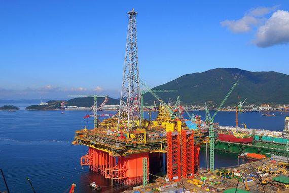 삼성중공업이 현재 건조 중인 대형 부유식 해양생산설비(FPU). 매드독 유전 2단계 프로젝트에 납품할 설비와 같은 종류다 [사진=삼성중공업]