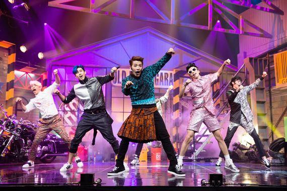 그룹 2PM.