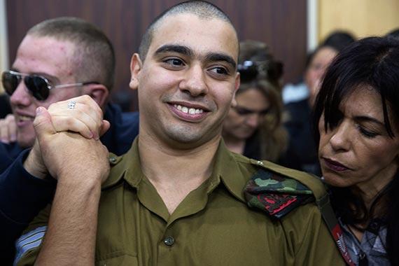 팔레스타인 청년을 고의 살인한 혐의로 이스라엘 군사 법정에 출두한 아자리아 병장. [AP=뉴시스]