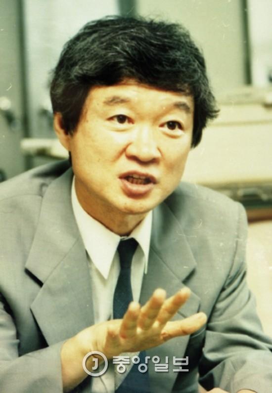 서석구 변호사의 2005년 모습.