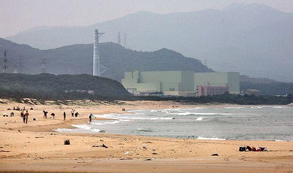 대만 룽먼의 푸롱 해변 인근에 건설 중이던 원전 4호기의 모습. 2014년 공사가 중단됐다. [룽먼 AP=뉴시스]