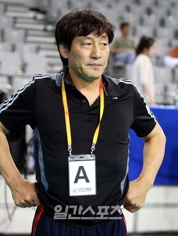 강재원 감독.