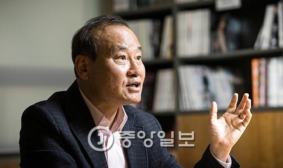 김진호 교수