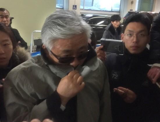 지난해 12월 29일 특검 조사를 받은 최순실의 이복오빠 최재석씨.