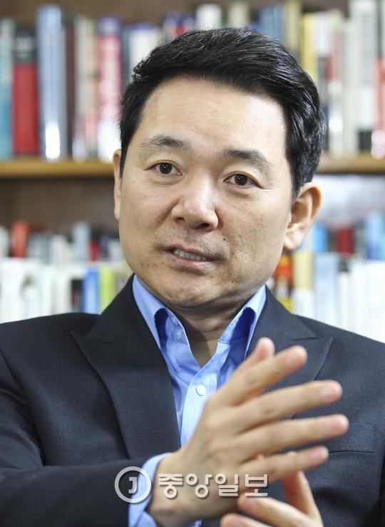 대선 출마를 선언한 장성민 전 의원.