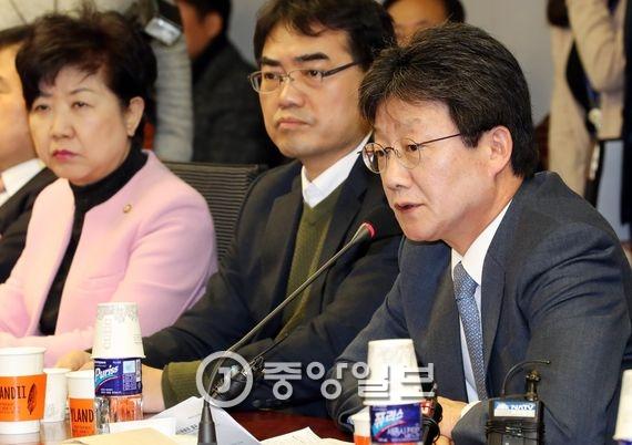 유승민 의원(오른쪽). 전민규 기자