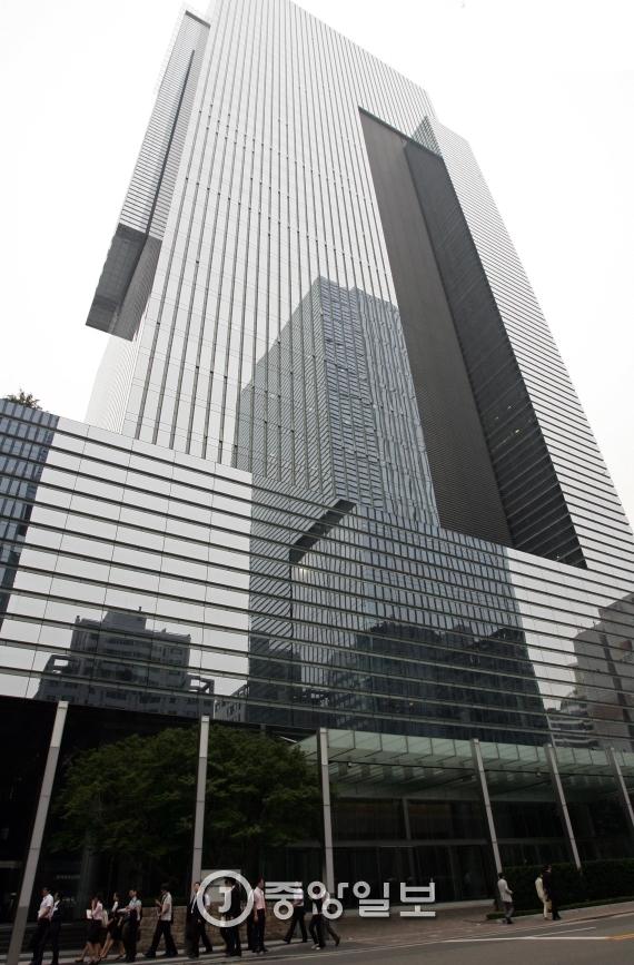 서울 서초동 삼성전자 사옥 전경. [중앙포토]
