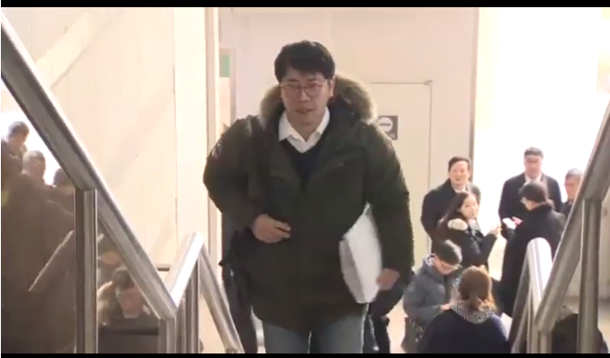 최순실 사건 형사재판에 증인으로 출석한 노승일 전 K스포츠재단 부장 [사진 JTBC 캡처]