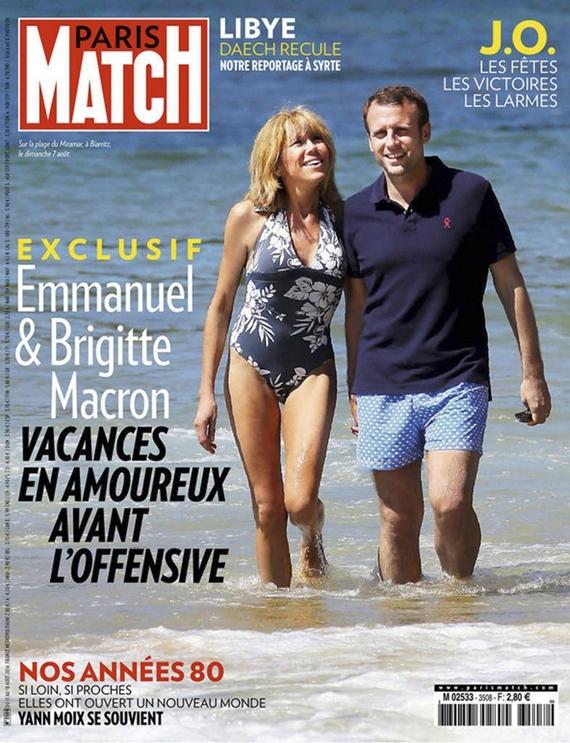 지난해 8월 프랑스 주간지 파리마치(Paris-Match)와의 단독 인터뷰를 가졌고 부부가 해변을 걷는 사진은 표지를 장식했다. [사진 파리마치]