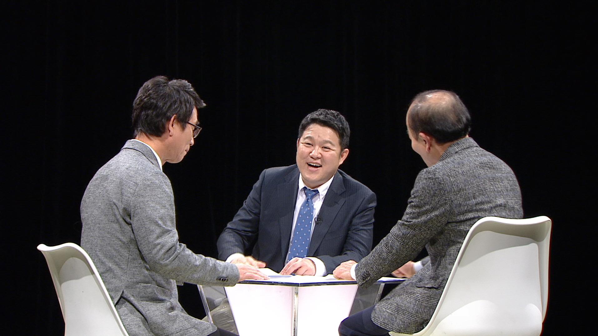 한국갤럽이 발표한 2월 한국인이 '요즘 가장 좋아하는 TV 프로그램' 1위를 차지한 JTBC '썰전'.