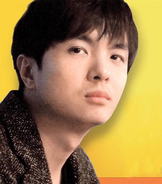 트와이스의 '낙낙(Knock Knock)'을 작곡한 이우민. [사진 JYP 엔터테인먼트]