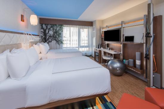 이븐 호텔 모든 객실에 마련되어 있는 '운동존'.