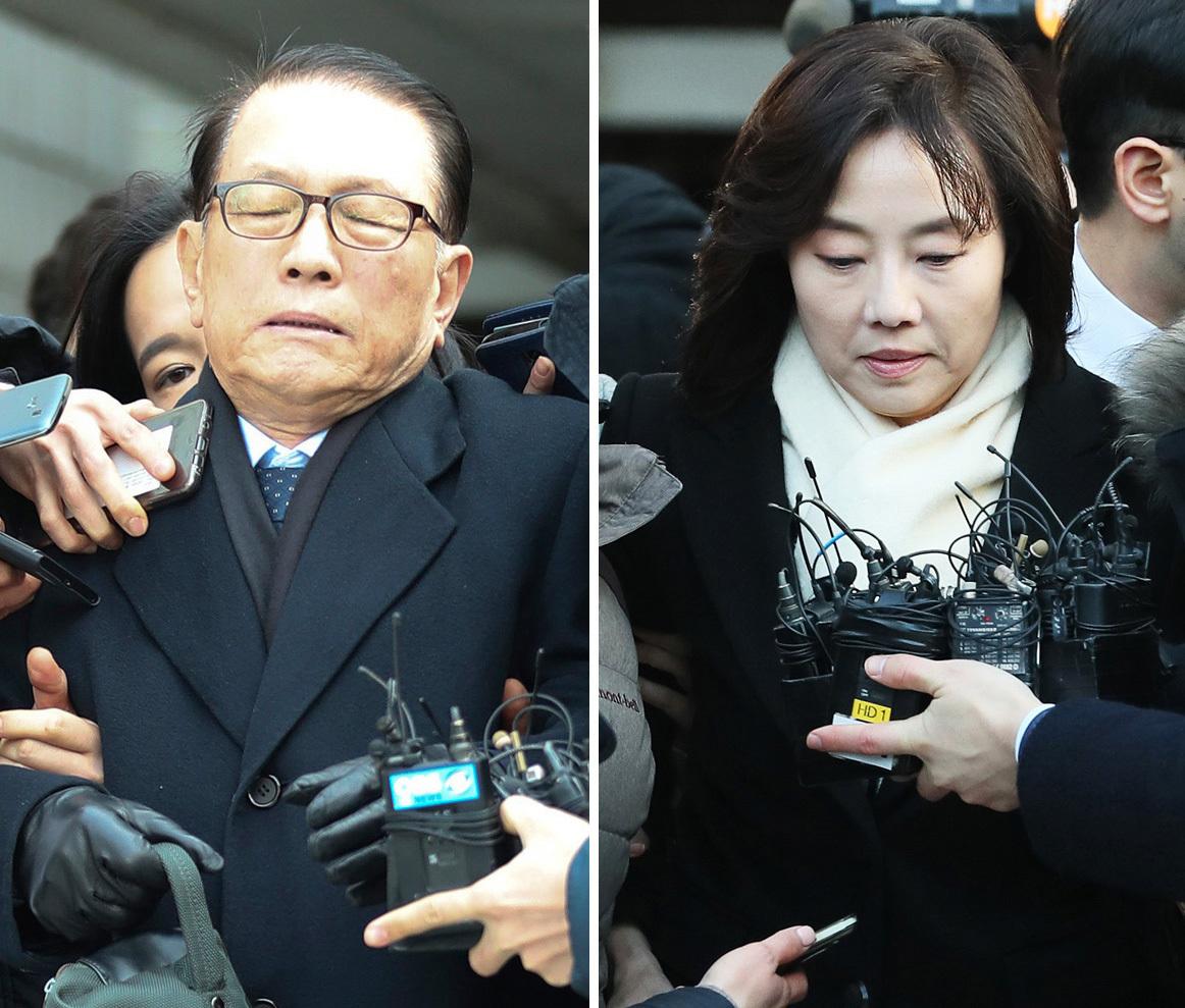 ▶2017년 1월20일'블랙리스트 의혹' 김기춘 전 대통령 비서실장과 조윤선 전 장관은 영장실질심사 다음날 새벽 구속됐다