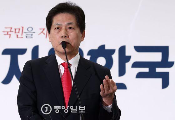 김진 전 중앙일보 논설위원[중앙포토]