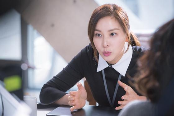 드라마 '완벽한 아내' 속 고소영. [사진 KBS]