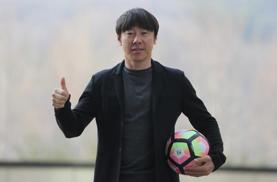 U-20 월드컵에서 죽음의 조에속한 신태용 한국 감독은 불리한 여건속에서 최선을 다해 승리하겠다고 다짐했다. 성남=김춘식 기자