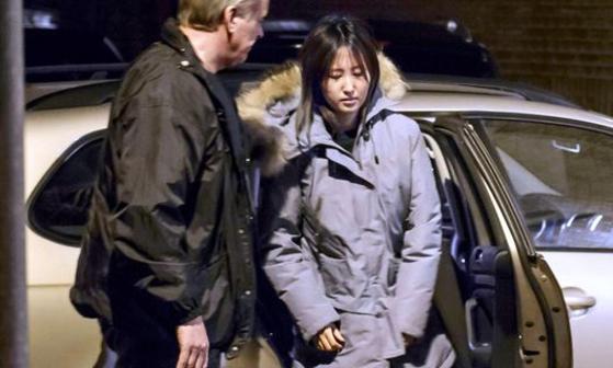 덴마크 현지 경찰에 체포된 정유라씨.
