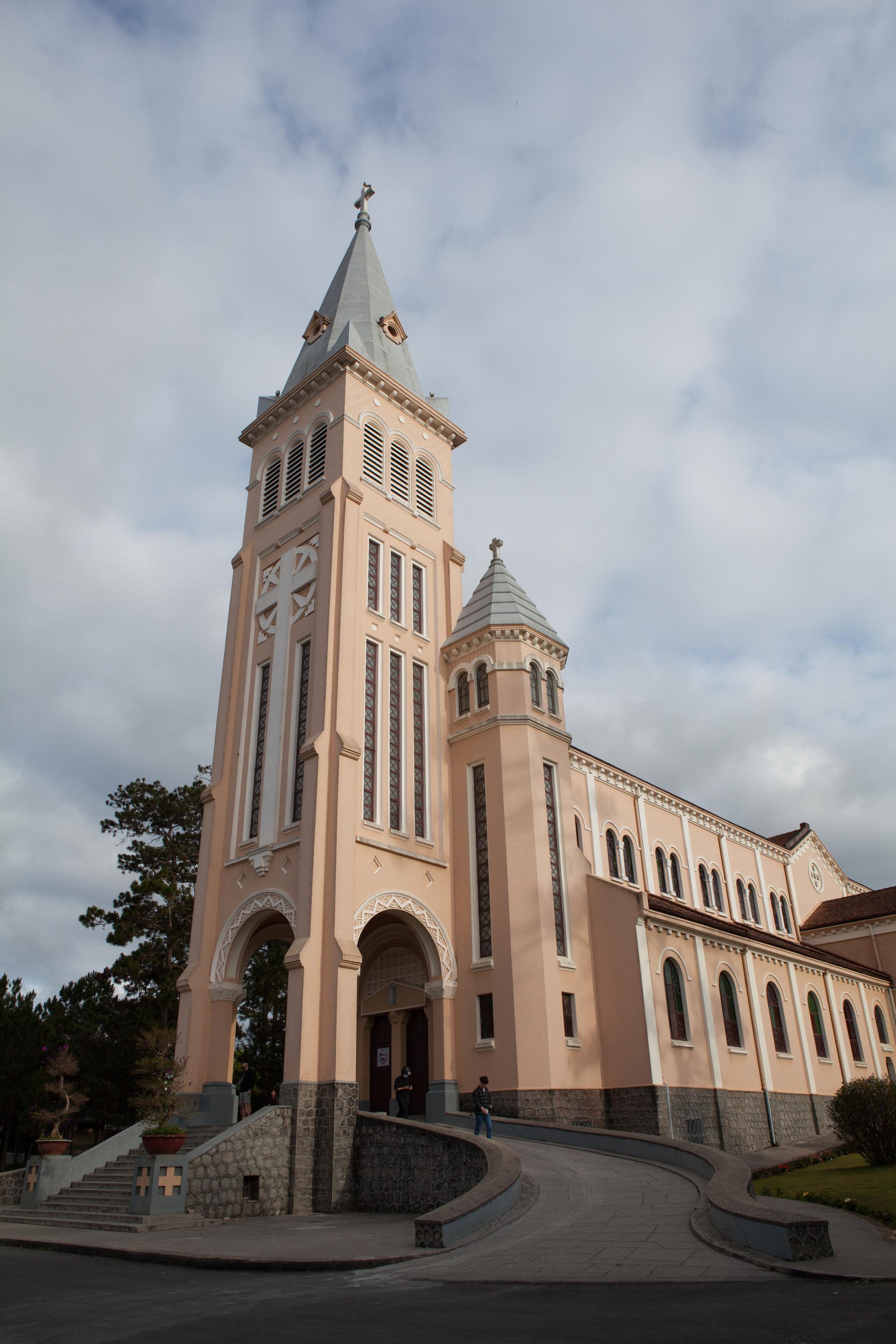 프랑스가 1942년에 지은 성당