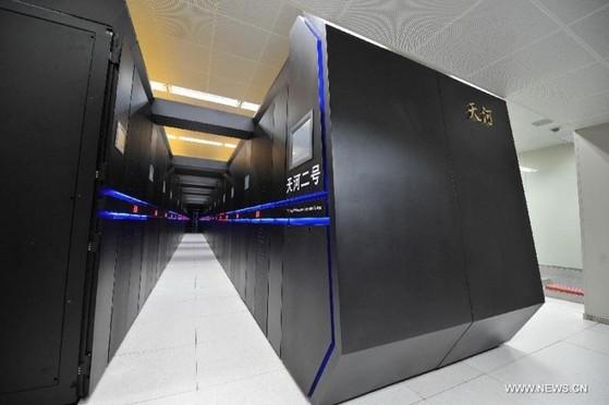전 세계 2위 스퍼컴퓨터 '톈허-2' [사진 신화망]