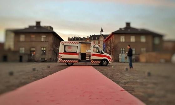 성 노동자들에게 안전한 업무 공간을 제공하는 덴마크의 '성 구급차' 외부 모습. [페이스북]