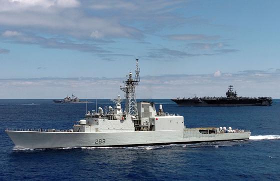핼리팩스급(Halifax class) 프리깃함(호위함)은 1970년대 중반부터 소요가 제기되어 1980년대 후반에 건조를 시작, 1990년대부터 전력화된 현재 캐나다 해군의 핵심 주력전투함이다. [출처: Royal Canadian Navy]