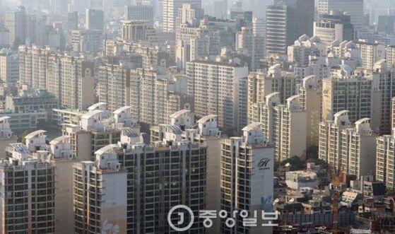 하늘에서 내려다 본 서울의 아파트 전경. [중앙포토]