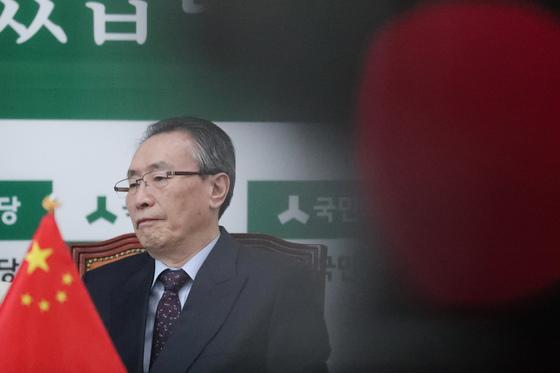 우다웨이(武大偉) 중국 외교부 한반도 사무특별대표가 11일 대통령 후보들과 캠프 핵심 인사들을 연쇄적으로 만났다. 전민규 기자