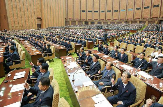 지난 11일 김정은 노동당 위원장이 참석한 가운데 최고인민회의 제13기 5차회의가 개최됐다.[사진 중앙포토]
