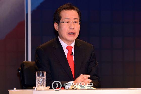홍준표 자유한국당 대선후보 [중앙포토]